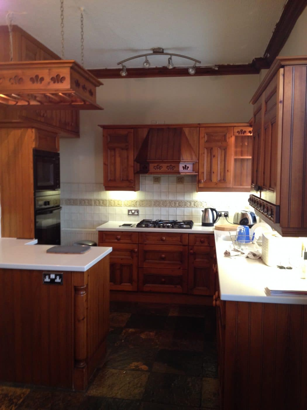 someone to hand paint my kitchen units in lancashire