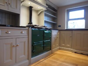 painting pine kitchen units