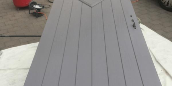 spraying composite doors service